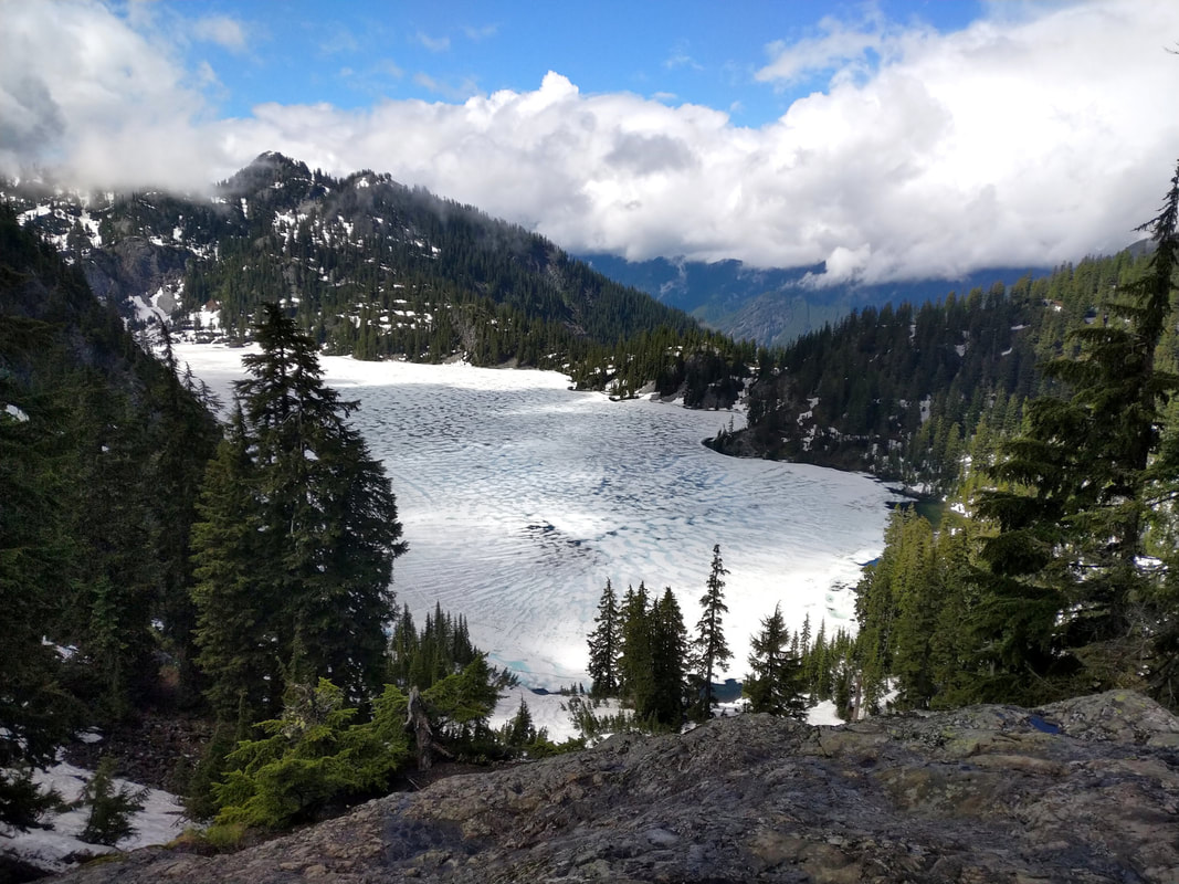 Snow lake Snoqualmie Pass